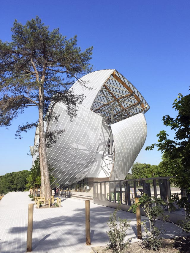 Fondation LOUIS VUITTON Architecte Frank Gehry