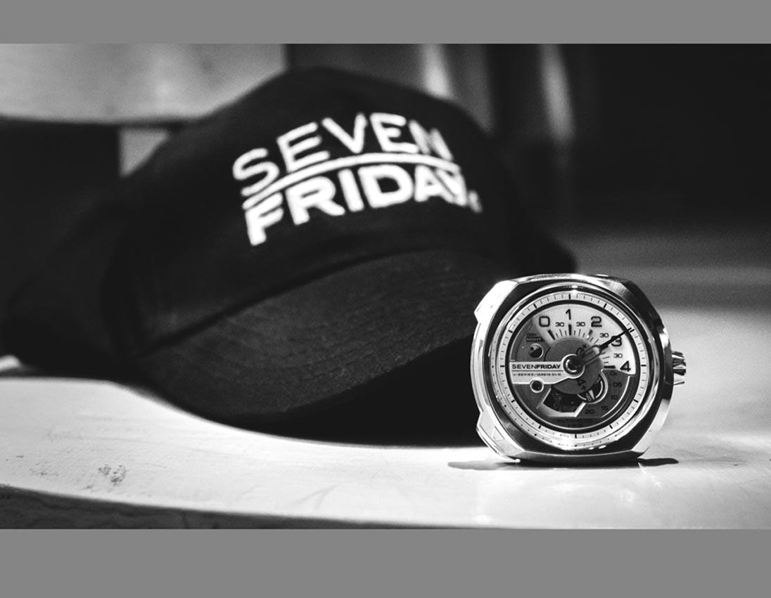 SevenFriday : V