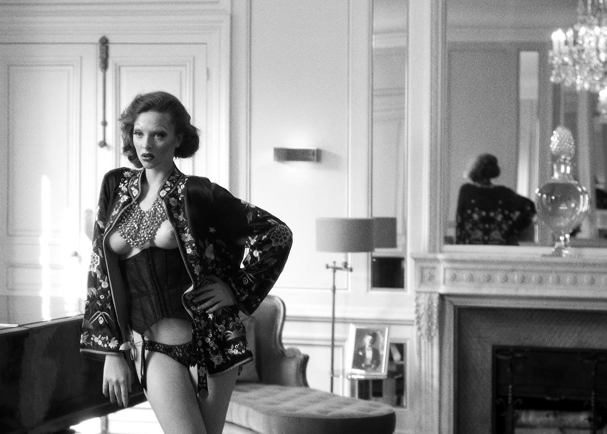 Kimono Scotch & Soda - Collier ON AURA TOUT VU - corset et culotte Fifi Chachnil - chaussure Aldo