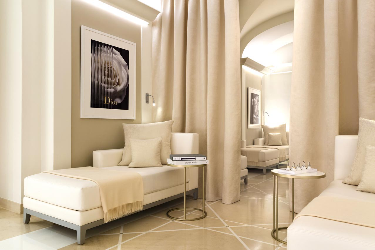 Plaza-Athenee--Dior-Institut--(